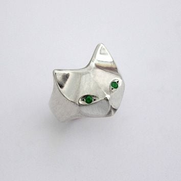 Handmade Egyptian Green Eye Cat Ring