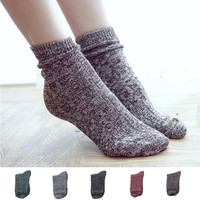 Hot Sale Unisex Mens Womens Retro Socks Winter Women's Warm Foot Cotton Cord Knitted Mid-Calf Sock Christmas Gift
