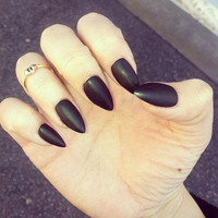 Black stiletto nails