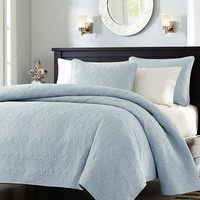 Full / Queen Size Quilted Bedspread Coverlet in Light Blue