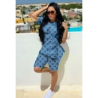 LV Louis Vuitton Trending Women Popular Print Shorts Sleeve Top Shorts Set Two Piece Sportswear Blue