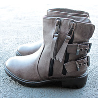 a hunter's game biker boot in taupe