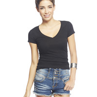 Reese V-Neck Tee - WetSeal