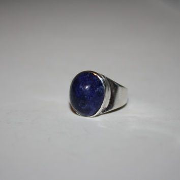 Size 2.75-  Vintage Womens Sterling Silver Ring with Blue Stone Center- free ship US