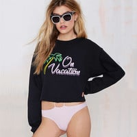 Black On Vacation Print Long Sleeve Cropped Tee