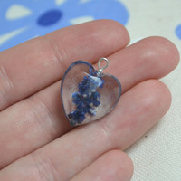 Heart pendant - romantic resin necklace with a real flower - sterling silver 925 chain - eco-friendly eco chic p0063