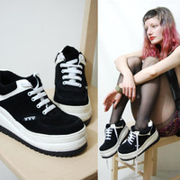 90s LEATHER Platform Sneakers DISNEY Mickey Mouse Shoes Boots Lace-up 1990s vtg Club Kid Rave Chunky 6-6.5