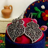Portuguese folk Viana Heart earrings silver filigree Portugal lacy filigree folk art jewelry