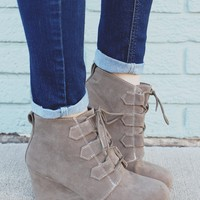 Midnight Magic Wedges - Taupe