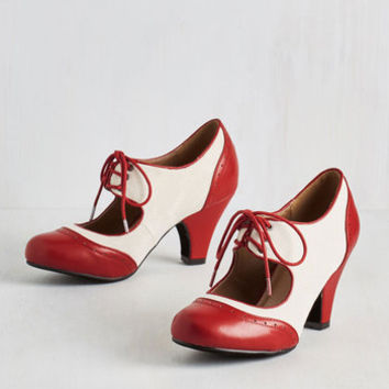 Vintage Inspired It's a Sure Fete Heel in Rouge