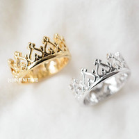 Heart crown knuckle ring,Jewelry,Ring,royal crown,princess royalty,crown ring,stacking heart crown ring,tiara ring,heart ring,RN2520