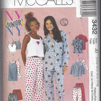 McCall's 3432 Pattern for Girls' Junior Pajamas and Nightgowns,  Sizes 11/12 to 17/18. From 2001