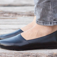 Black Leather Shoes, Black Shoes, Loafers, Flat Shoes, Black Slip Ons