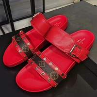 Louis Vuitton LV High Quality Women Popular New Summer Beach Home Metal Buckle Slippers Sandals Shoe Women Red