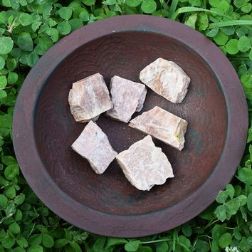 PEACH MOONSTONE raw crystal - Lunar Cycles Goddess Stone