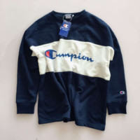 Champion men and women color matching chest letter round neck sweater F0929-1 navy blue