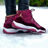 Bunchsun Air Jordan 11 Velvet Fashion Men Casual Sneakers Sport Basketball Shoes Burgundy