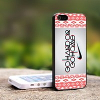 Nike Logo aztec Go Hard Or Go Home - For iPhone 4,4S Black Case Cover