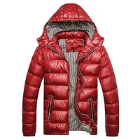 New Jackets Men Winter Windproof Mens Coats And Jackets Hooded Warm Quality Solid Zipper Casual Parkas Men Plus Size M-4XL