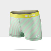 """Check it out. I found this Nike Pro Essential Printed 2.5"""" Women's Shorts at Nike online."""