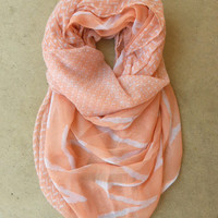 Peach Zig Zag Circle Scarf [3825] - $16.00 : Vintage Inspired Clothing & Affordable Fall Frocks, deloom | Modern. Vintage. Crafted.