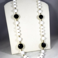 Black and white necklace, 1960s vintage necklace, plastic chunky bead necklace, vintage costume jewelry, long white and gold necklce