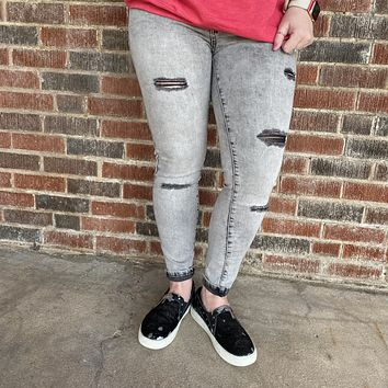 Black Bleached L & B lightly Distressed Skinny Jeans size 4