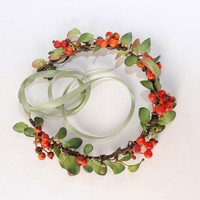 Red Berry Flower Crown, Mistletoe Headband, Christmas Wedding Head Wreath, Holiday Floral Circlet, Leaf Headpiece, Hair Accessory, Australia