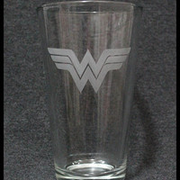 Wonder Woman Etched Pint Glass