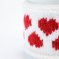 Valentine's day Cup Cozy in White with Hearts, Knitted Mug Cozy, Coffee Cozy, Handmade Wooden Button, Coffee Cozy Sleeve, Warmer, Gift