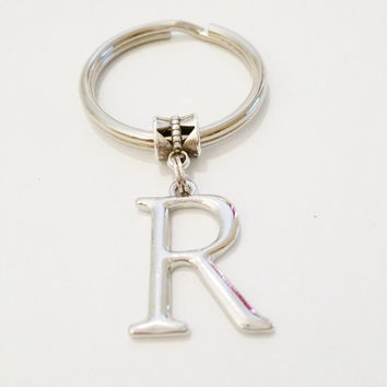 Initial Keychain / Initial Key Ring / Gift for her / Gift for him / Letter Keychain / Personalize Keychain / Initial Charm / Initial Jewelry