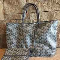 PEAP6Q St Louis Goyard Grey GM Chevron Tote Bag