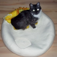 """Large Pets cave for big cat,""""Camomile on the snow"""",white with yellow cave,pets cat bed, hand crafted, eco friendly"""