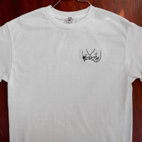 Couple Holding Hands Embroided/stitched t-shirt