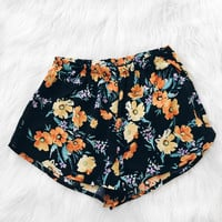 Frida Floral Shorts (Black/Orange)