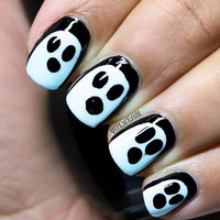 Halloween nails, Halloween, ghost nails, black and white nails, fancy dress