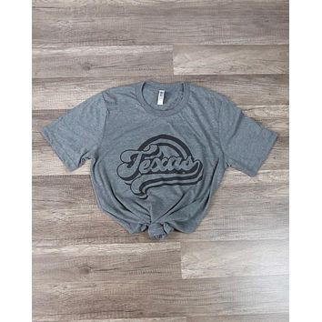 Distracted - Texas Vintage Inspired Graphic Tee in Grey