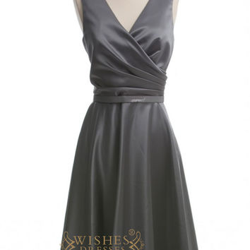 A-line V-neck Grey Satin Short Bridesmaid Dresses AM268