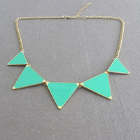 Triangle Shiny Necklace/ Green Neck.. on Luulla