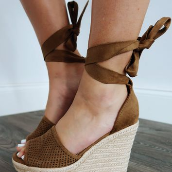 Tell The Truth Wedges: Mocha