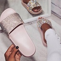 Summer new fashion casual flat sandals and slippers women's rhinestone outer wear non-slip flip flops