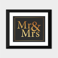 Mr and Mrs Wedding Sign, Wedding Printable, Marriage Gift, Gold Foil Art Print, Wall Art Decor, Gold and Black Art, Instant Download