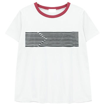 Arrow Printed T-shirt with Contrast Collar