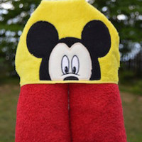Mouse Boy Hooded Towel