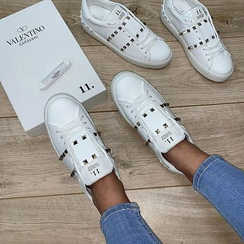 Valentino Rivet casual sports shoes-7