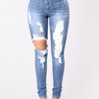 Don't Tempt Me Jeans - Medium Wash