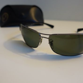 Ray Ban Mens Sunglasses - Metal Frame - C/W Leather Case - Genuine