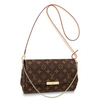 TAFULOR Made of soft Monogram canvas, with multiple functional pockets and compartments