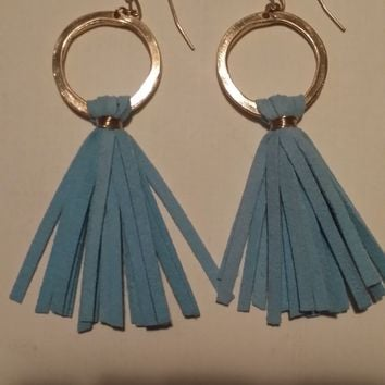 Ear Cheer Tassel Earrings