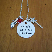 """Nostalgic """"There's no place like home"""" necklace. Magic Wand, Swarovski Elements Crystal. Hand stamped."""